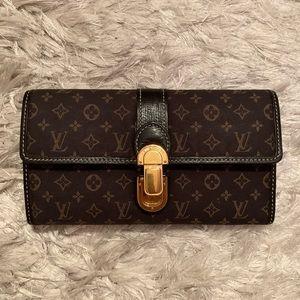 Louis Vuitton Monogram Idylle leather lined wallet